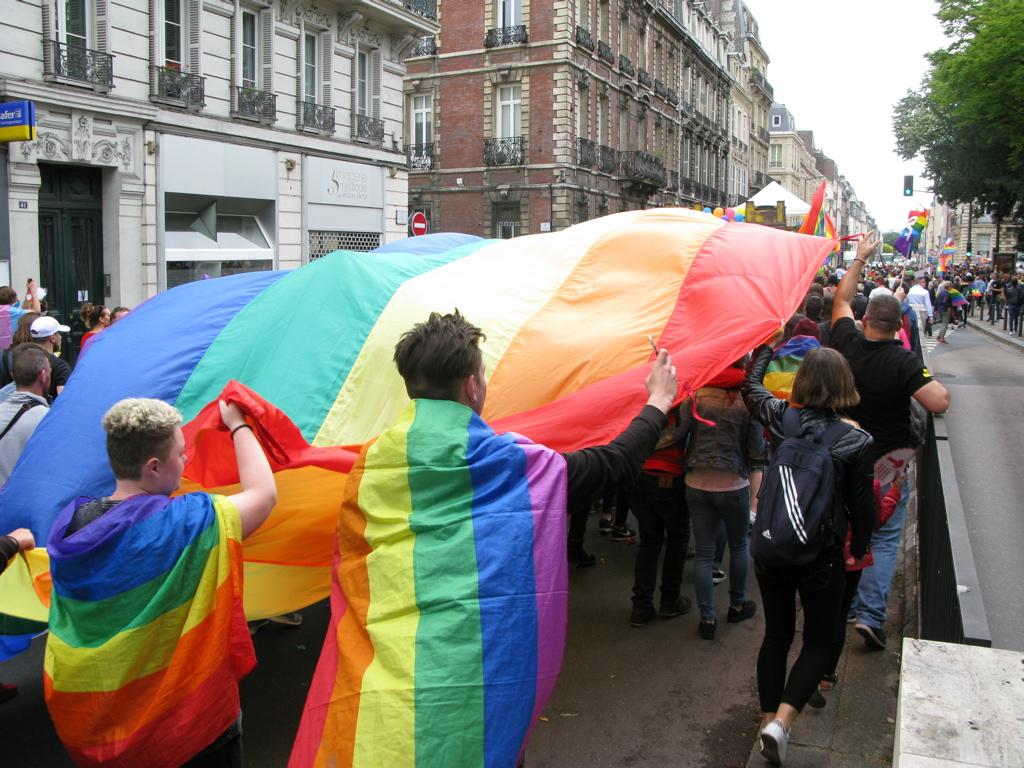 rennes rencontre gay pride à Nice